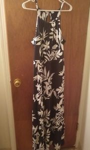 Black and White maxi sleeveless with keyhole back